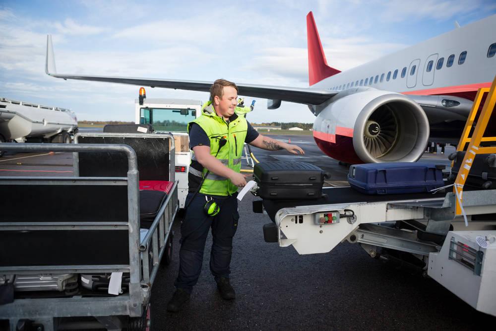 Qué pasa con nuestras maletas en los aviones