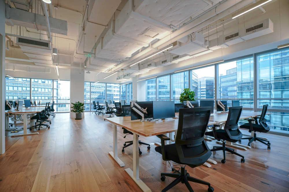 Descubre las principales tendencias en decoración de oficinas