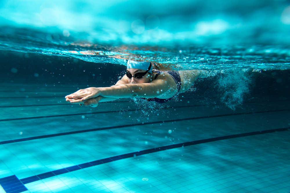 Deportes en piscinas: más opciones de las que parece.